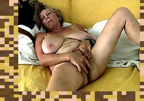grannie masturbation solo